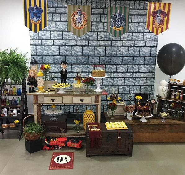 Fiesta tem tica harry potter for Harry potter cuartos decoracion