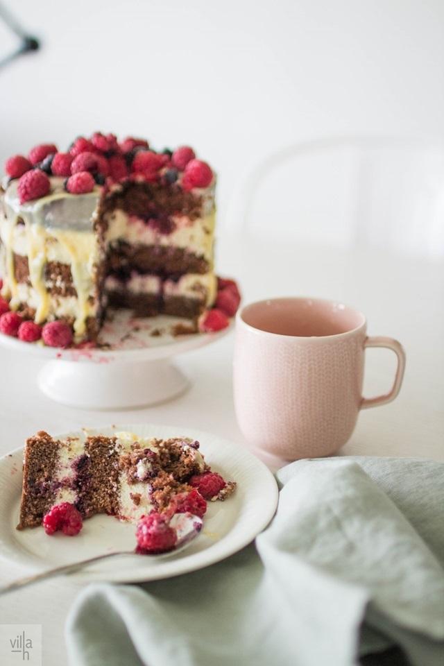 naked cake, bakery, leivonta, valkosuklaa kakku, gluteeniton