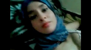 Footjob in Morocco in My Hotel Room, Free Porn bf: Super Moroccan Babe Sex In Room