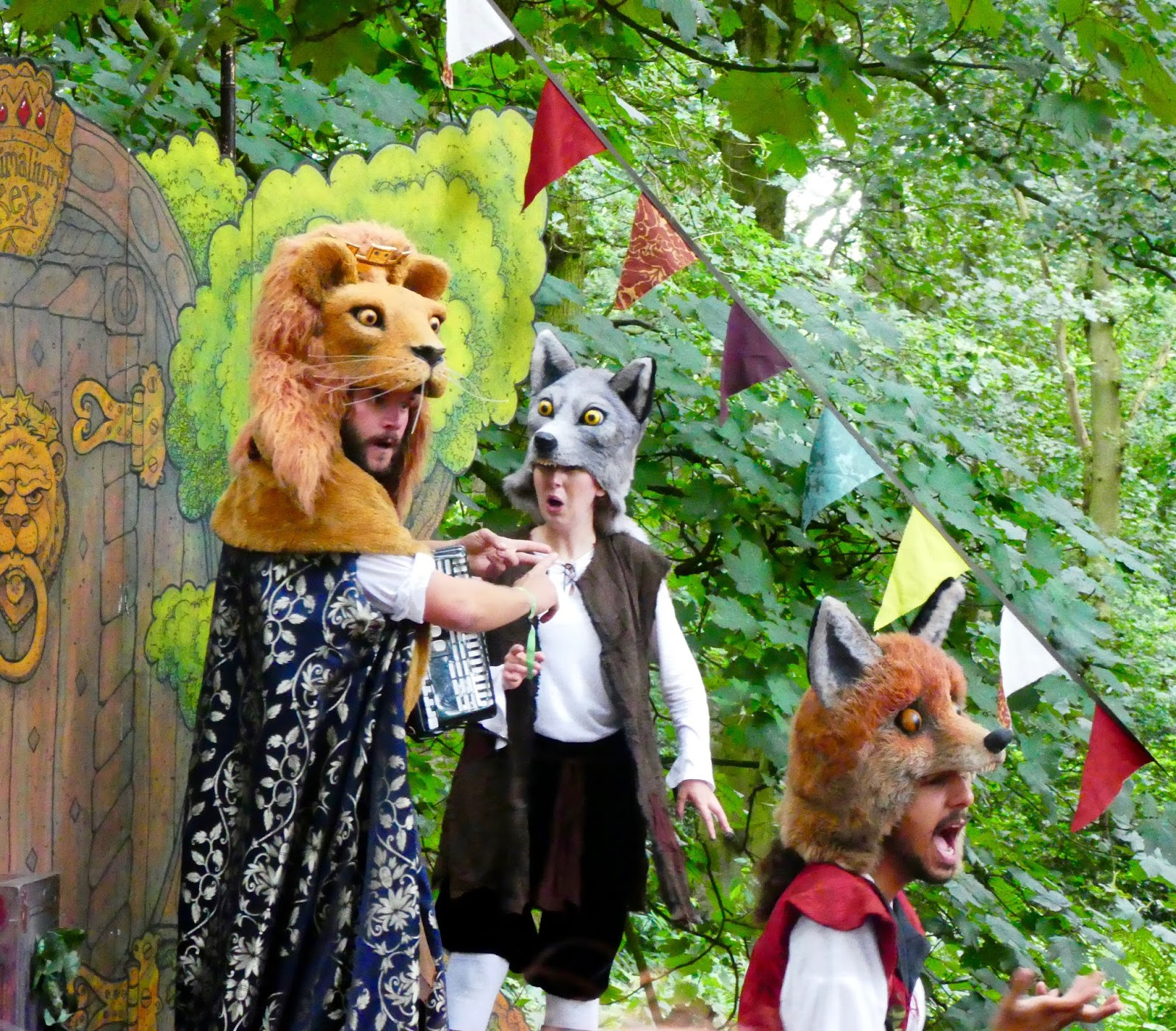 33 Reasons we LOVED the Just So Festival 2016 - Animalia and The Fabularium performance of Reynard the Fox