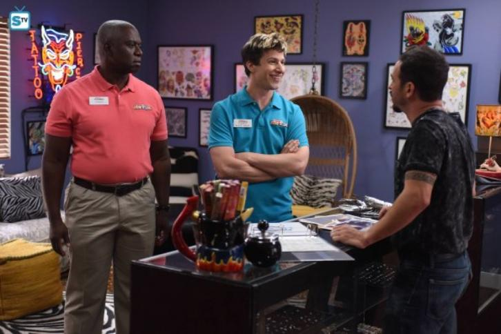 "Brooklyn Nine-Nine - Coral Palms Pt.1 (Season Premiere) - Review: ""Mr. Fart Can Rap"""