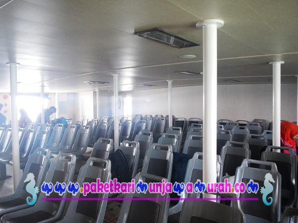 foto seat kapal ferry siginjai jepara karimunjawa