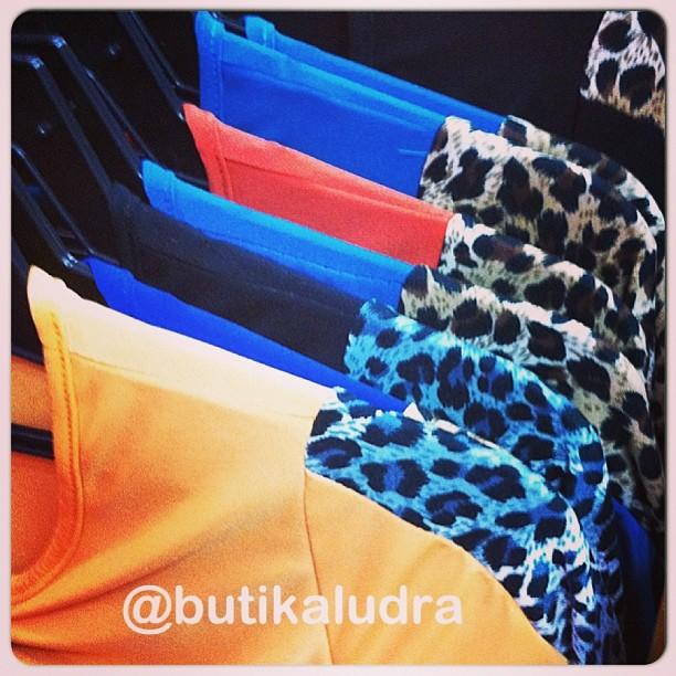 Tara Lak To Lagda Khari Di: Butik Aludra: Dress Yusra & Jamuan Hari Raya