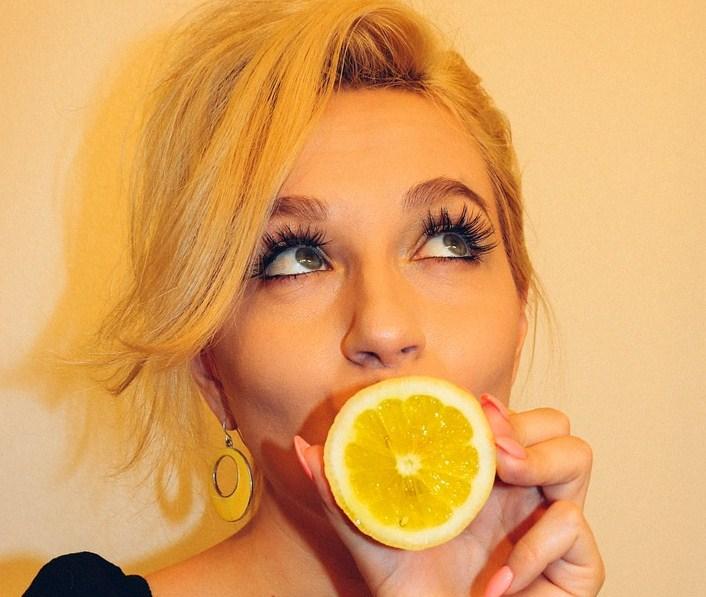Dengan Diet Lemon ini Kamu Bisa Mengempeskan Perut Buncit Dalam Waktu Seminggu !!