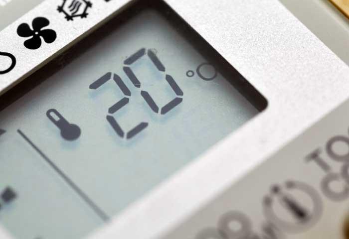 Instalaciones eléctricas residenciales - Control remoto de un aire acondicionado