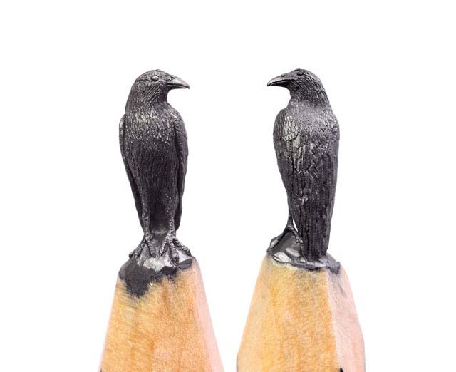 فنان روسي يبدع في نحت شخصيات المسلسل Game Of Thrones على رؤوس أقلام الرصاص
