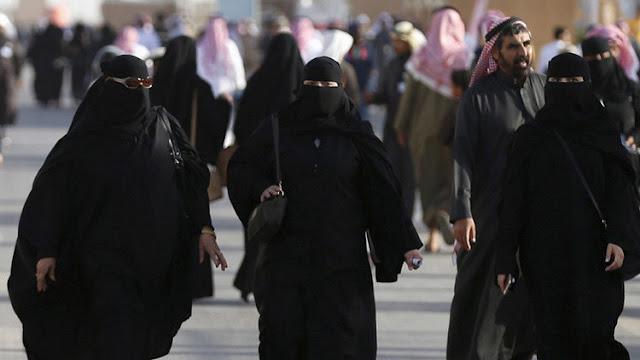 Arabia Saudita encarcela a un hombre que aboga por acabar con el control sobre las mujeres
