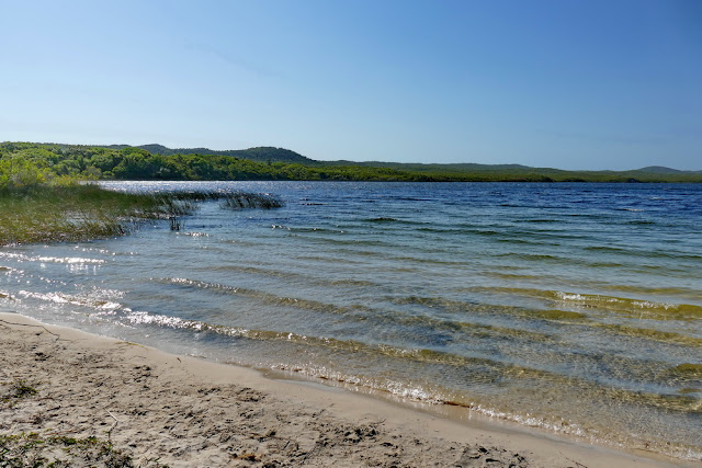 See Süsswassersee Blue Lagoon Lagune blau grün Sand Insel Moreton