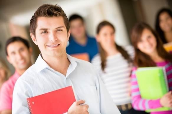 Programa de bolsas de estudo facilita acesso ao ensino superior em Santarém