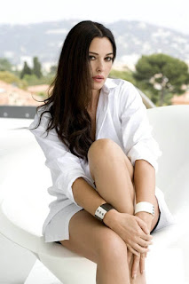 Stunning Monica Bellucci Posing For Camera