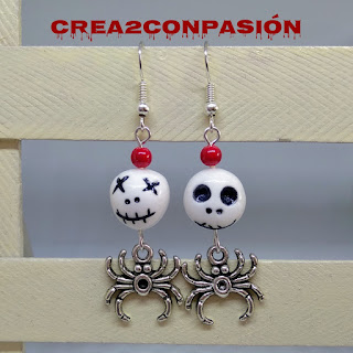 Pendientes-para-hallowen-con-calaveras-y-arañas-crea2conpasion