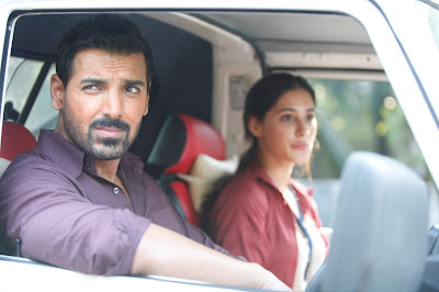 Maula Sun Le Re Reprise Version Madras Cafe