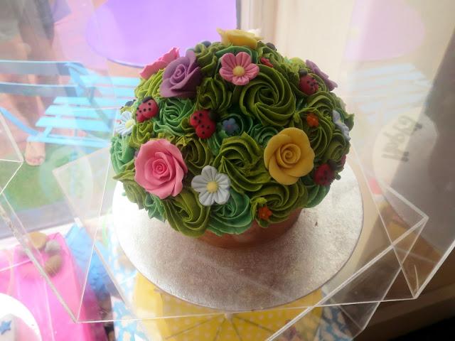 Cloud 9 cake