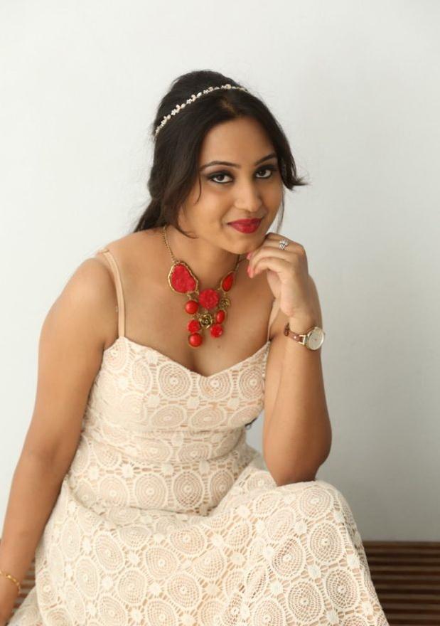 Amulya Spicy Photos Telugu Gallery - Shiner Photos-4960