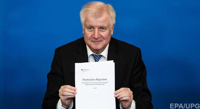 """Керівник МВС Німеччини представив свій """"генеральний план"""" щодо мігрантів"""