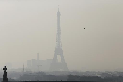 "Paris Now Has A Monthly ""No Car Day"" That Brings A 40% Drop In Air Pollution"