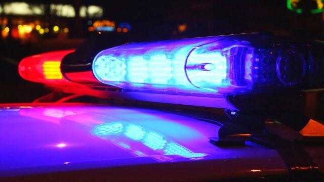 Delincuentes huyen con caja fuerte de servicentro de la comuna de La Unión