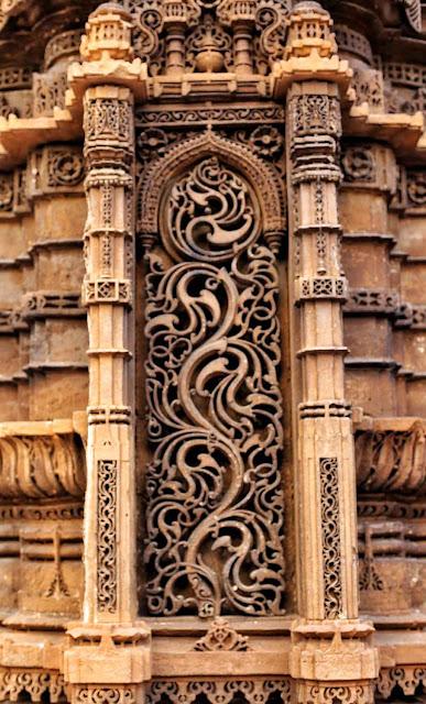 carvings rani rupmati mosque ahmedabad