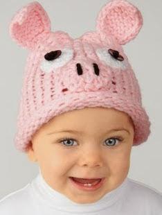 http://translate.google.es/translate?hl=es&sl=auto&tl=es&u=http%3A%2F%2Fwww.simplicity.com%2Ft-free-crochet-pattern-piglet-hat.aspx
