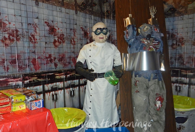 ideas for making a temparary office in a garage - Happy Halloween Our zombie themed party was so much fun