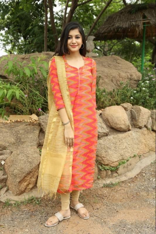 Glamours Hindi Girl Simran Sharma Photo shoot In Orange Dress