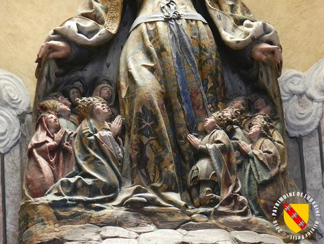 NANCY (54) - Eglise Notre-Dame de Bonsecours : la Vierge au Manteau (1505)