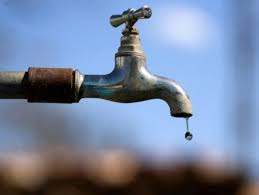 Obra de melhoria interrompe abastecimento de água em bairros em Borrazópolis