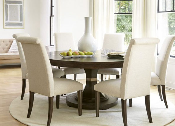 Different Ways of setting a Dining Table 1
