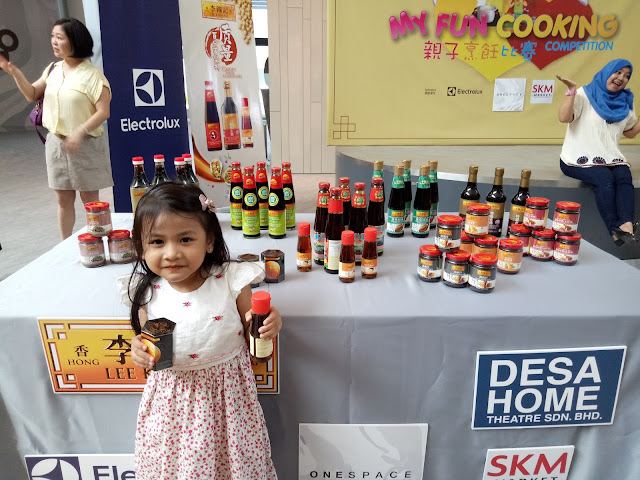 Mia with product