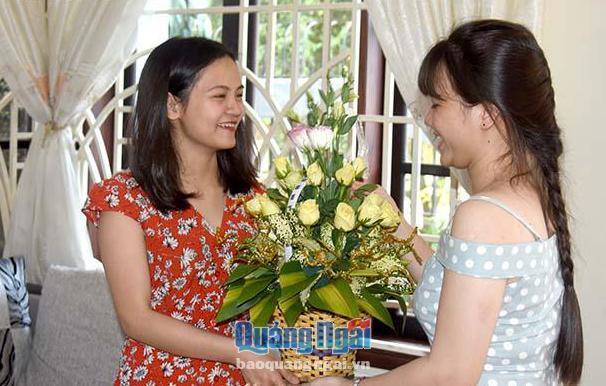 Gặp nữ sinh người Quảng Ngãi chinh phục học bổng 12 trường ĐH quốc tế