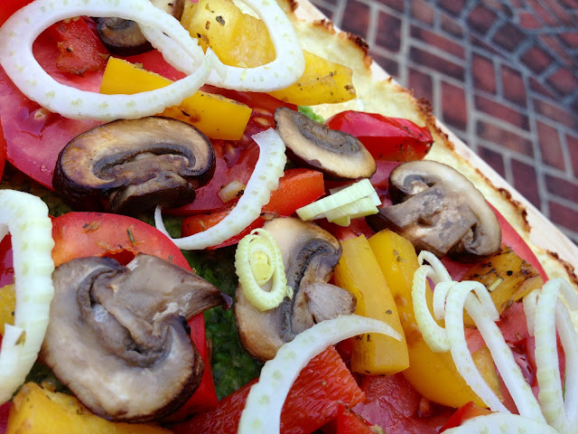 A delicious gluten free, vegan and paleo with a cauliflower pizza crust!