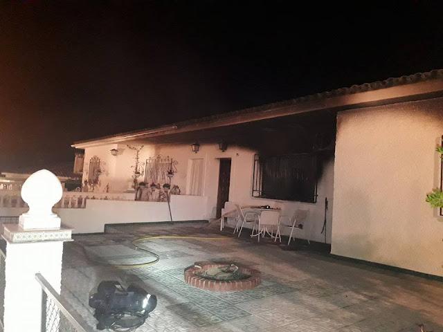 http://www.esvalverde.com/2018/03/incendio-en-la-calle-cadiz.html