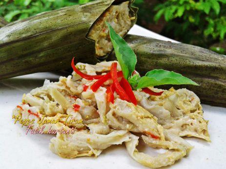 Pepes Jamur Tiram Pedas. Klik untuk membaca resepnya!