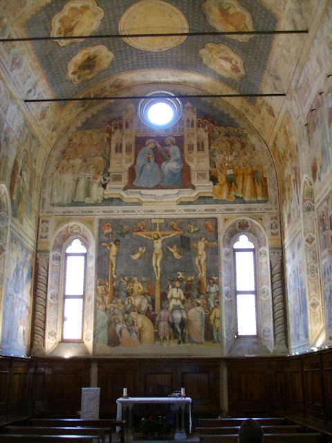 The interior of  the Oratorio di San Giorgio,, Padua, Italy Photo by Sailko
