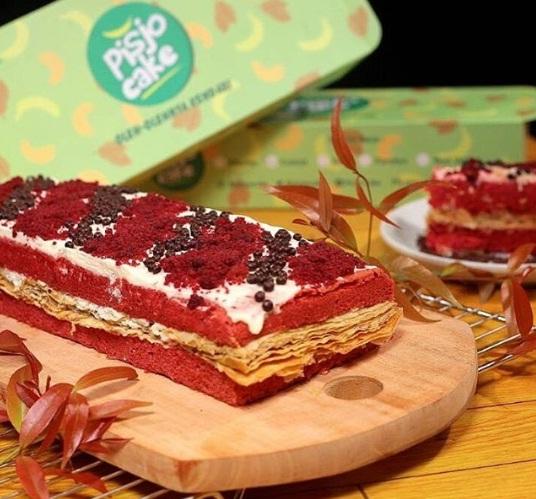 pisjo cake kendari oleh oleh kendari red velved
