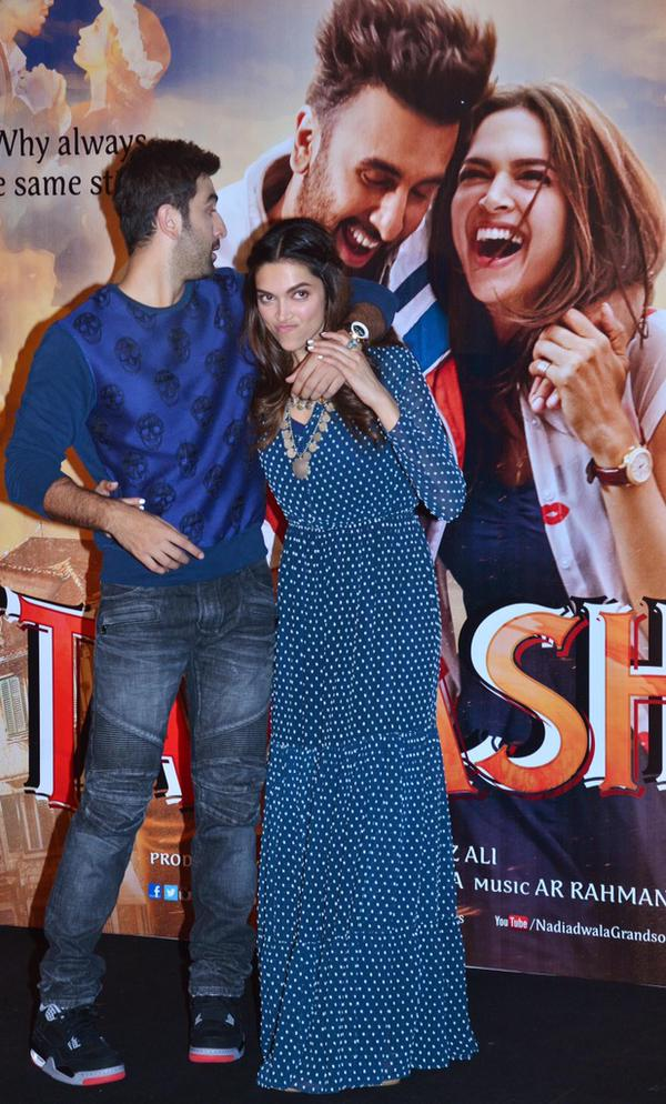 Deepika Padukone Wallpapers: Ranbir Kapoor, Deepika ...