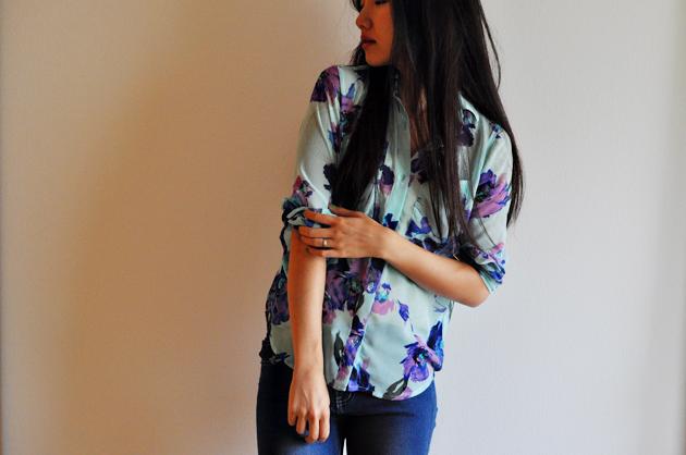 http://www.vivatveritas.com/2014/10/made-grainline-studio-archer-button-up-shirt/