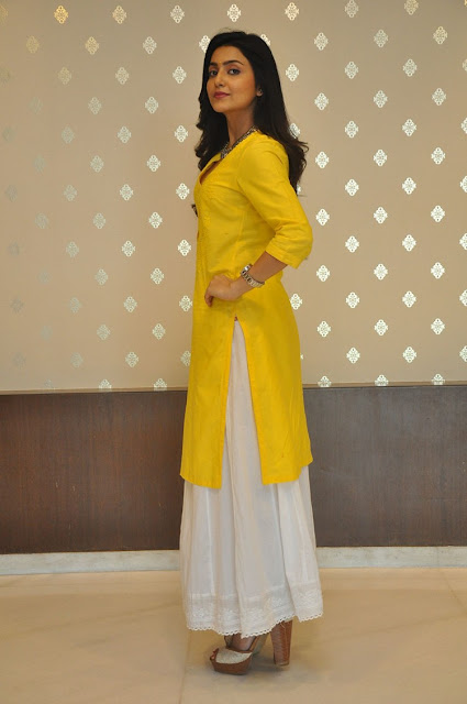 Actress Avantika Mishra Recent Stills 2017