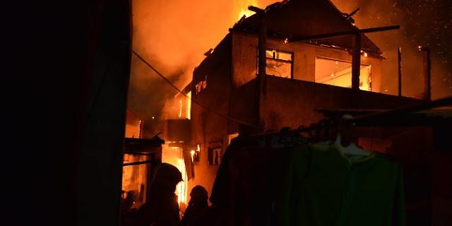 Ini Penyebab Kebakaran Pemukiman Padat di Surabaya