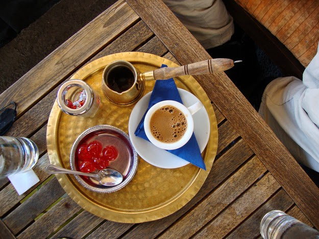 20. Coffee breaks are serious affairs. - 49 Reasons To Love Hellas (Greece)