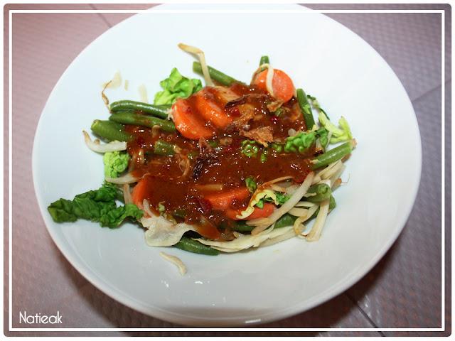 Gado Gado   Salade indonésienne végétarienne