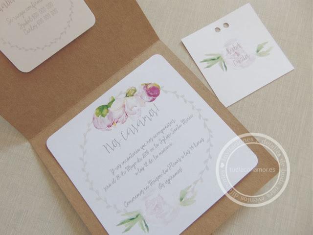 Bonitas invitaciones de boda románticas y diferentes con peonías dibujadas en acuarela