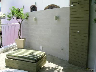 Resultado de imagen para duchas para piscinas con deck