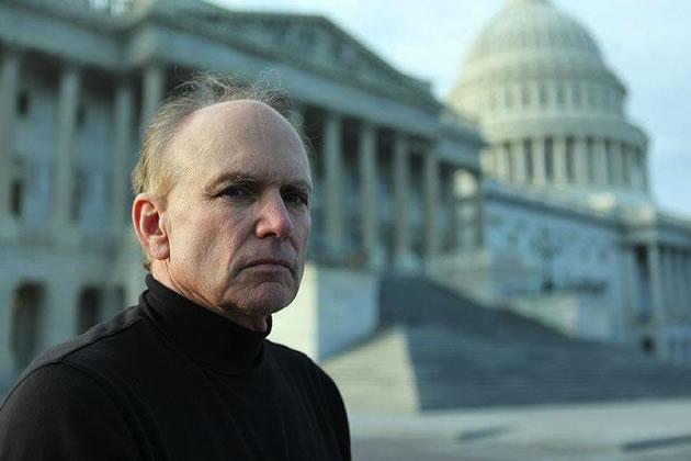 Stephen Bassett, único lobista registrado de los Estados Unidos en Ovnis y asuntos extraterrestres