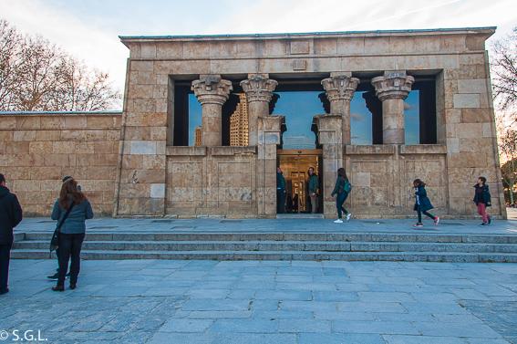 Entrada templo de Debod. Madrid
