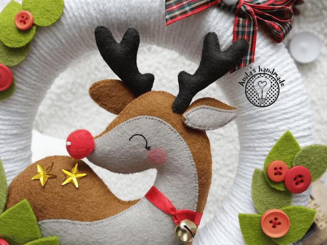 filocwy wianek, filcowy wianuszek, wianek z reniferem, dekoracje domu, świąteczne dekoracje, dekoracje na swieta, dekoracje na święta, swiateczne dekoracje, ręcznie robione ozdoby choinkowe, renifer z filcu, filcowy renifer, felt reindeer, christmas decoractions, christmas, święta, swieta, natal, weihnachten
