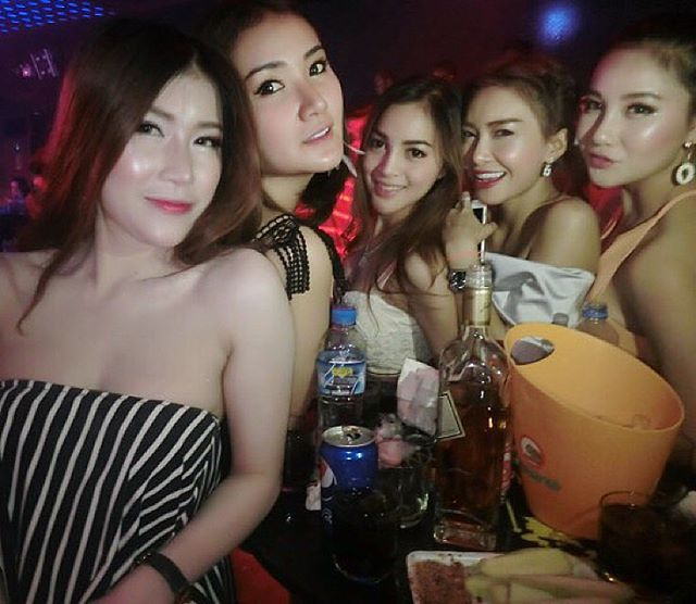 Bangkok sukhumvit freelancers girl for 100000 bahtweek - 3 3