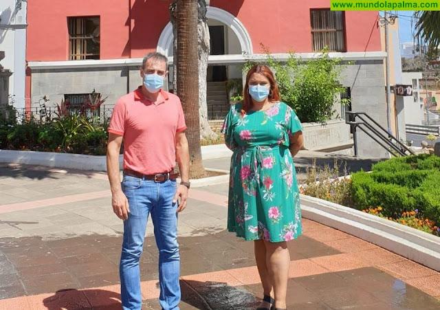 El Ayuntamiento de San Andrés y Sauces establece una estrecha línea de cooperación con la Asociación de Empresarios y Comerciantes del municipio