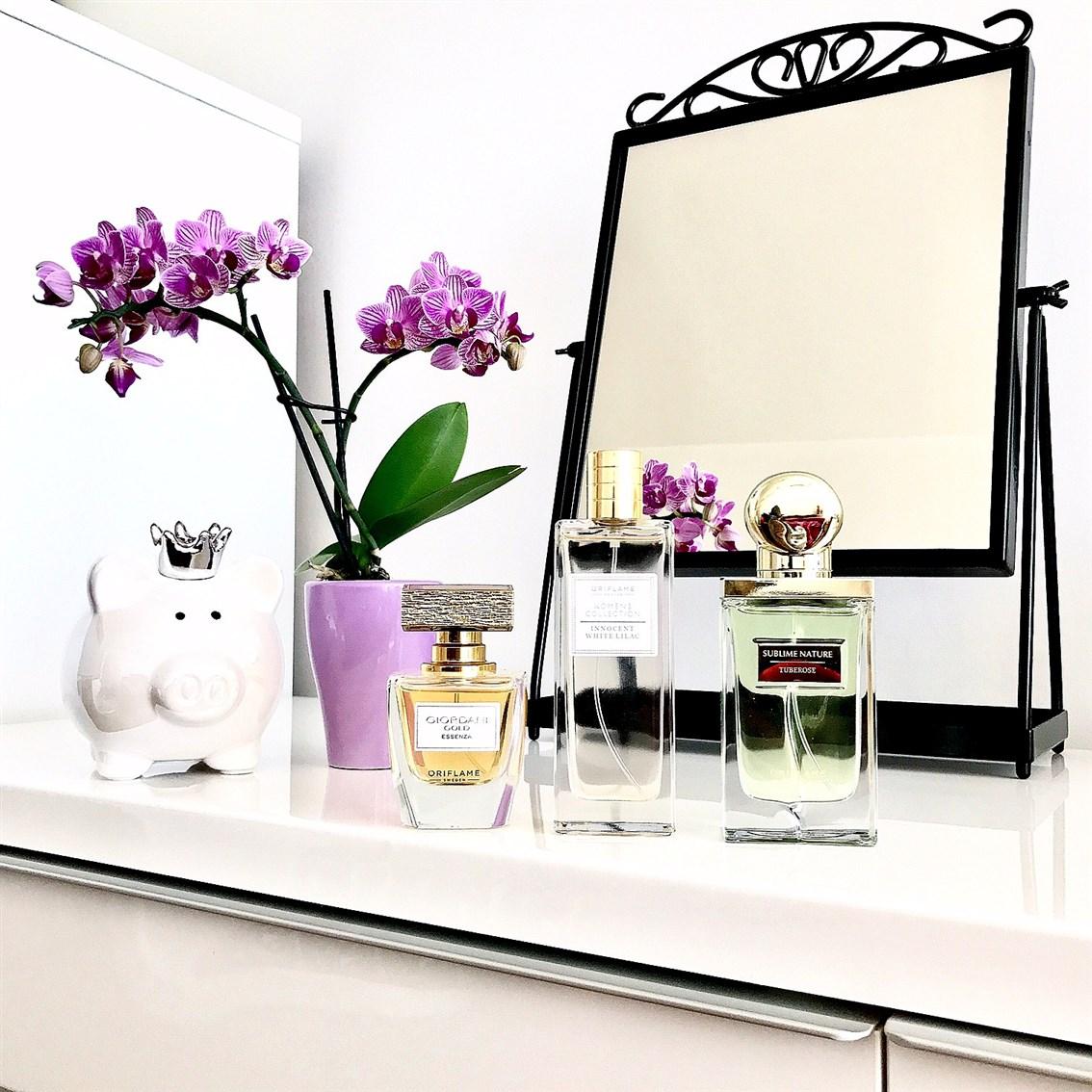 zdjęcie przedstawiające 3 zapachy Oriflame