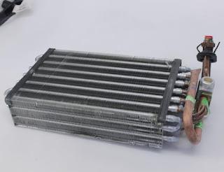 dalam edisi kali ini kami akan mencoba untuk membuatkan rangkuman mengenai ilmu dasar dar Pengetahuan Sistem AC Mobil Komponen Dan Fungsinya